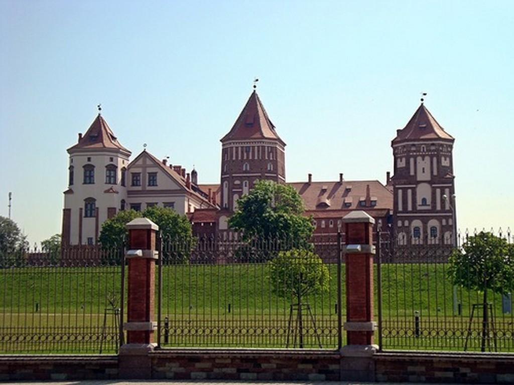 Мирский замок - достопримечательности Беларусии 4