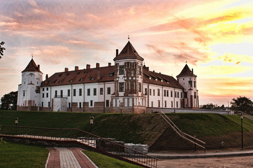 Мирский замок - достопримечательности Беларусии 5