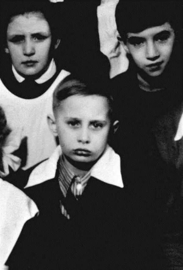 Детство Путина.