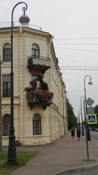 IMG_20190807_135422_роскошный балкон в цветах_Кронштадт