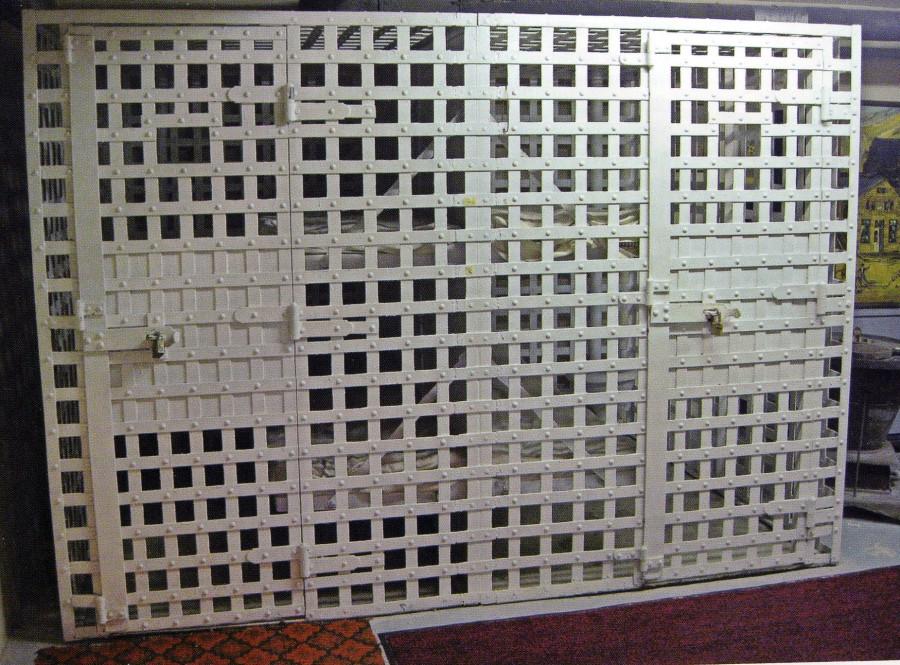 Клетки-тюрьмы Дикого Запада.