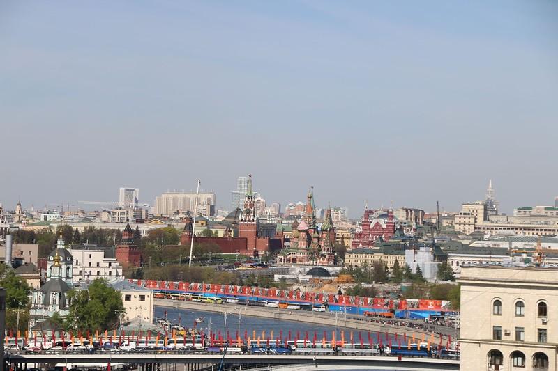 вид с балкона 7 мая 2015 2.jpg
