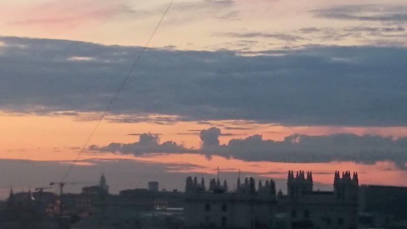 август закат