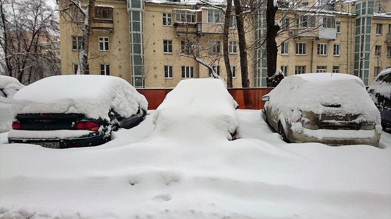 Снегопад в Москве февраль 16.jpg