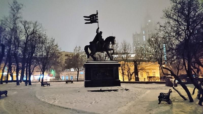 Памятник Дмитрию Донскому декабрь 2017 2.jpg