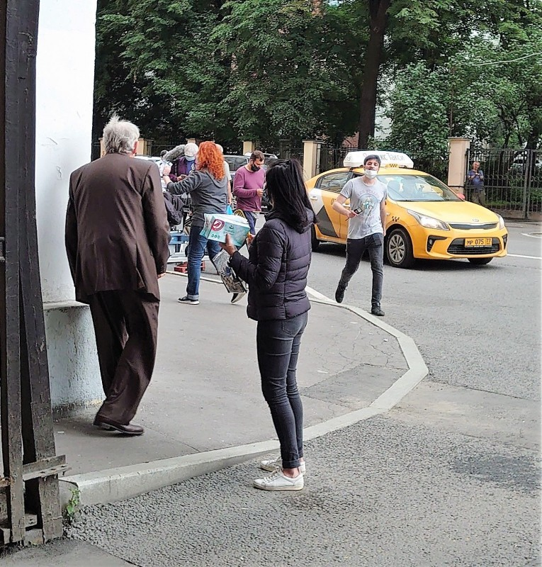 Съёмки на Гончарной улице. Юрий Стоянов. 17 июля 2020 4.jpg