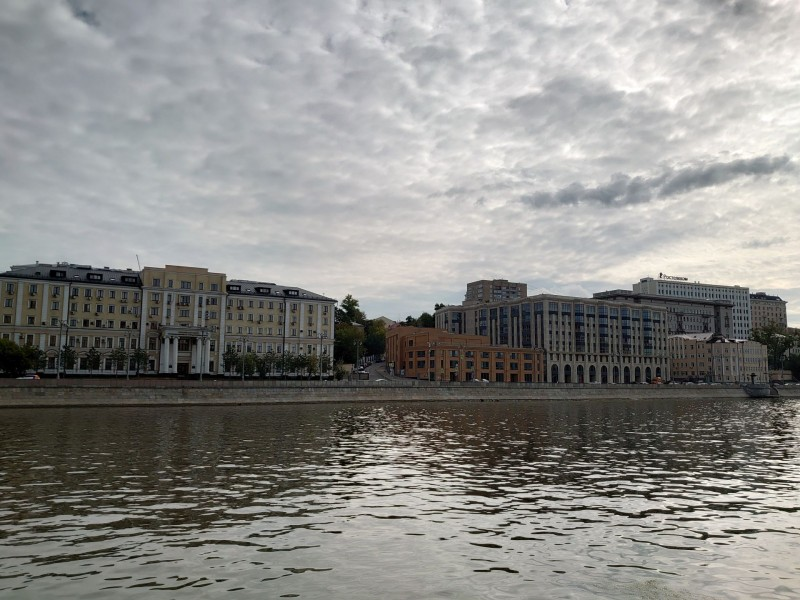 Вид с набережной из Москворечья 28 августа 2020 1.jpg