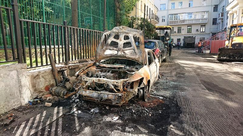 Сгоревшая машина 1.jpg