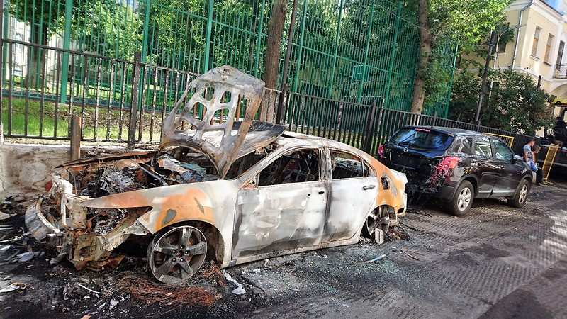 Сгоревшая машина 2.jpg