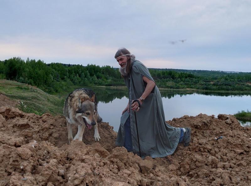 Александр Воляев с Канисом 25 мая 2021 2.jpg
