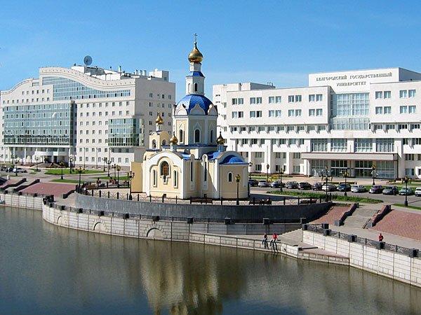 http://ic.pics.livejournal.com/kazmenkov/19639477/27358/original.jpg