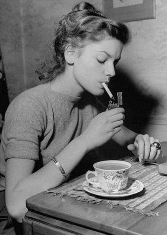 Ralph Crane, Lauren Bacall lights a Cigarette, 1945