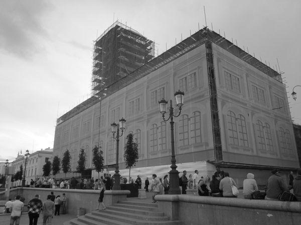 Ленинградский вокзал в лесах