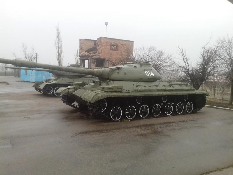T-10M-0