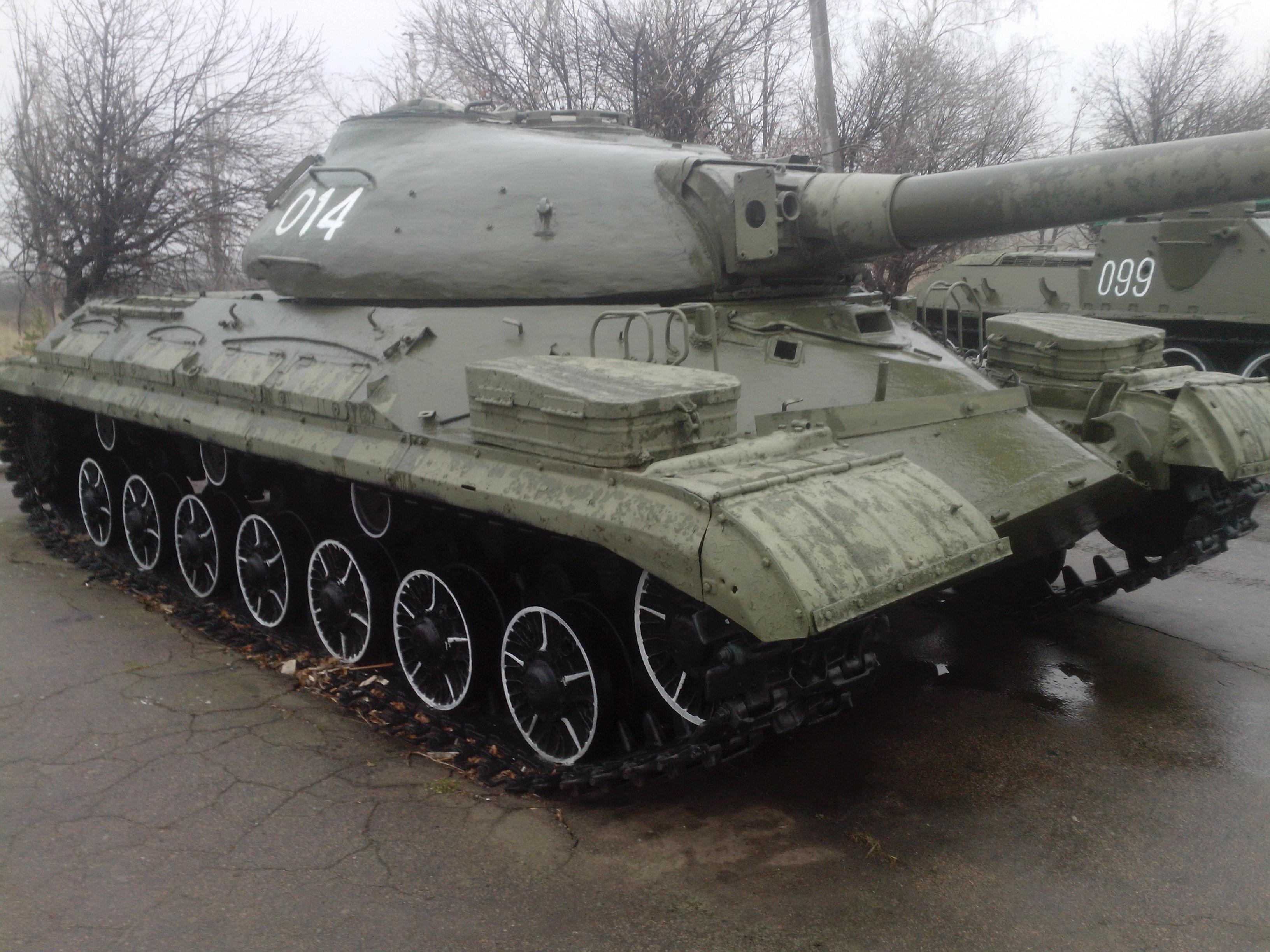 T-10M-2