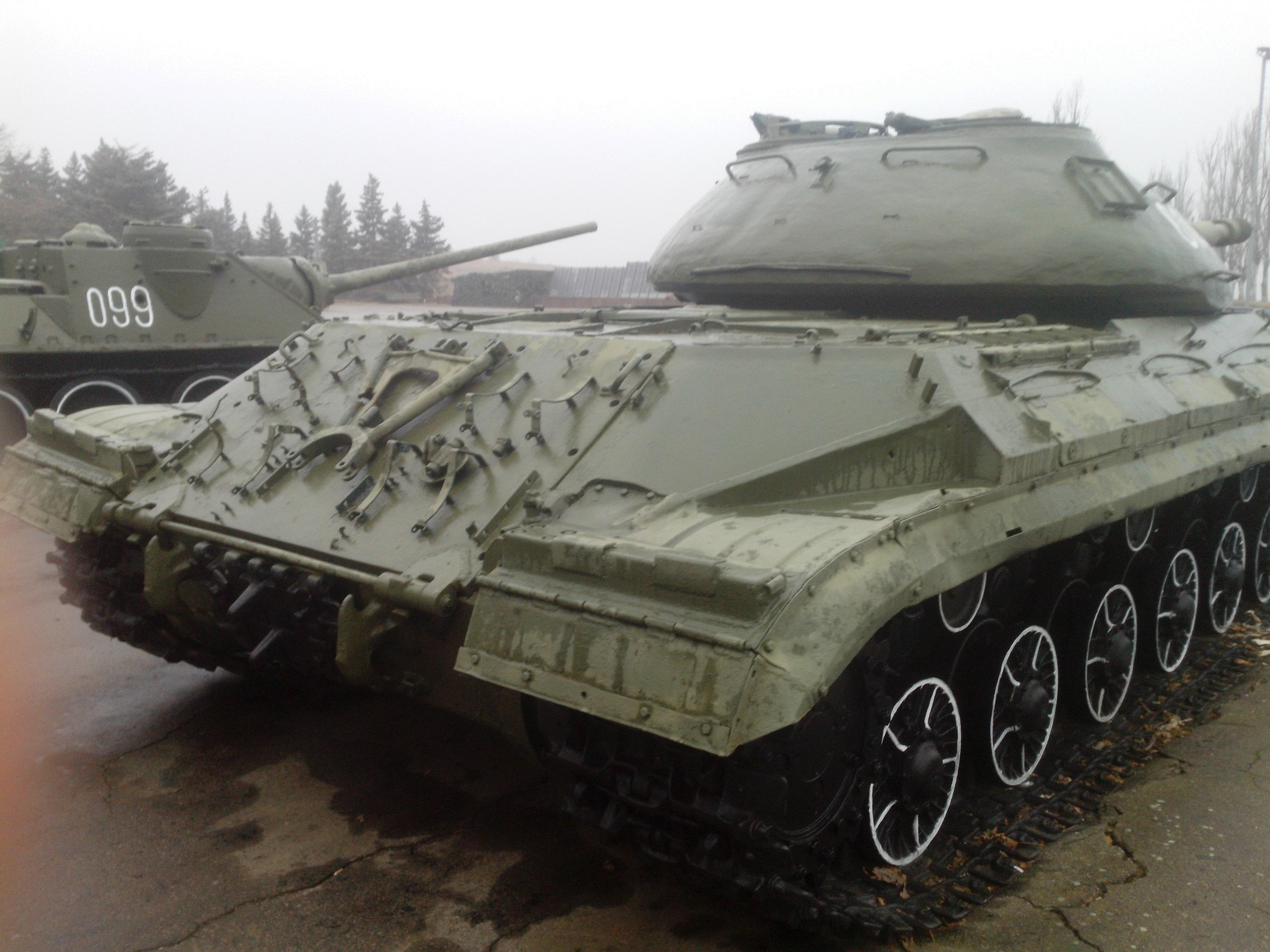 T-10M-4