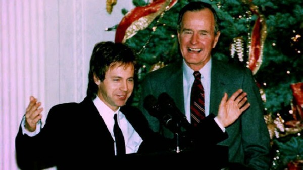 Dana_Carvey_George_Bush_Sr.jpg