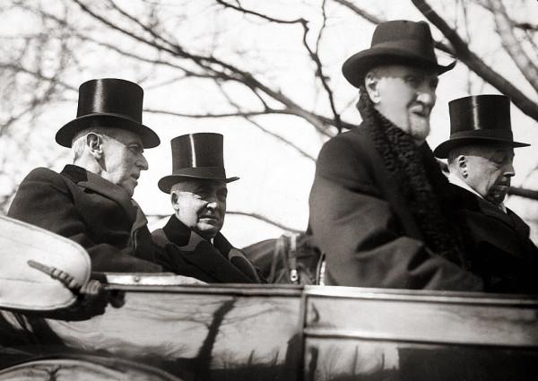 Warren_G._Harding_inauguration.jpg