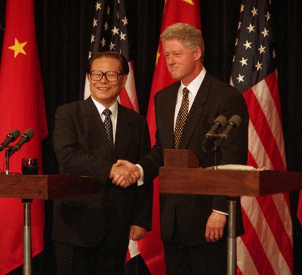 ClintonChina02.jpg