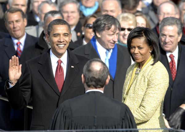 Obama_taking_his_Oath