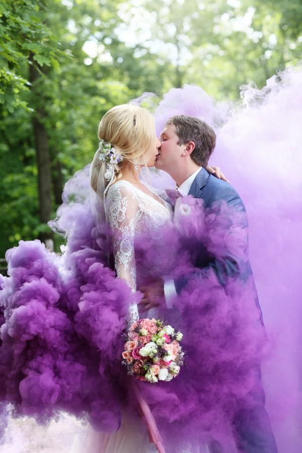 свадебный фотограф Уфа Кирилл Ермолаев, свадьба в Уфе, свадебные фотографии с дымом, цветной дым Уфа