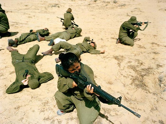 girls_of_israel_army_forces_64