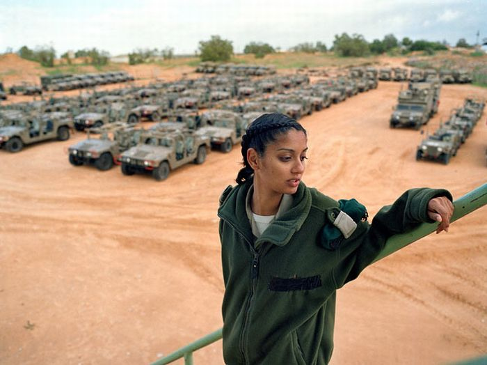 girls_of_israel_army_forces_17