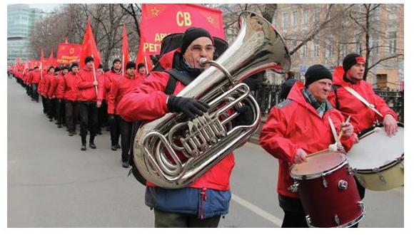 Москва сегодня: два разных марша 1111