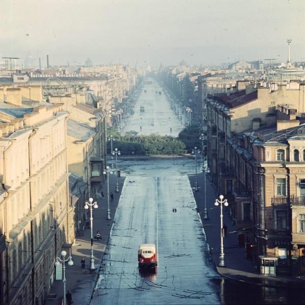 Утро_на_Невском