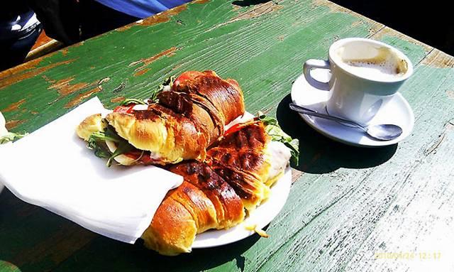 10 Breakfast in Portuguese