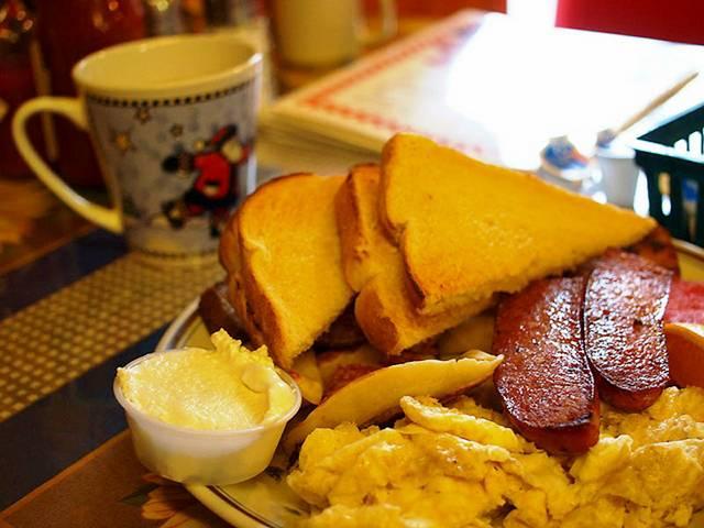 26 Canadian breakfast