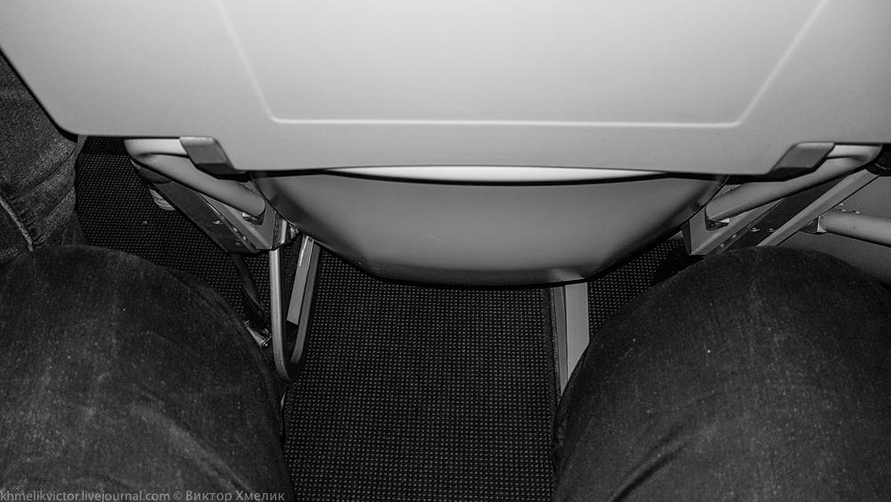Boeing 757-200 с самыми тонкими в истории пассажирской авиации креслами... 08.jpg