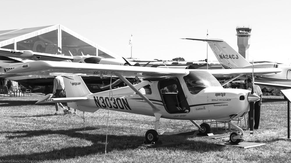 Cessna162-8.jpg