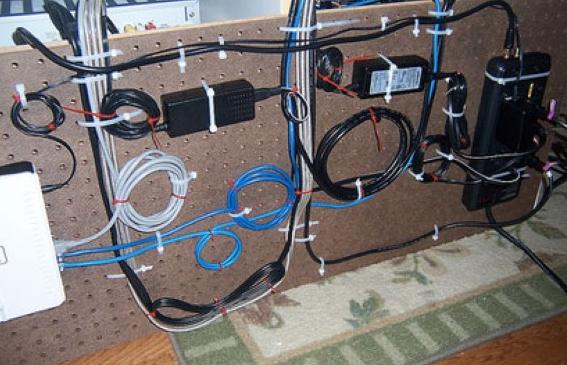 Как сделать кабель менеджмент