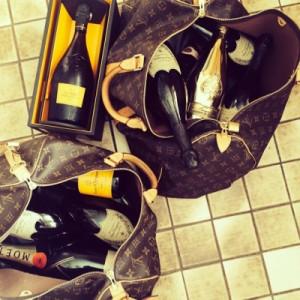 шампунь в сумках