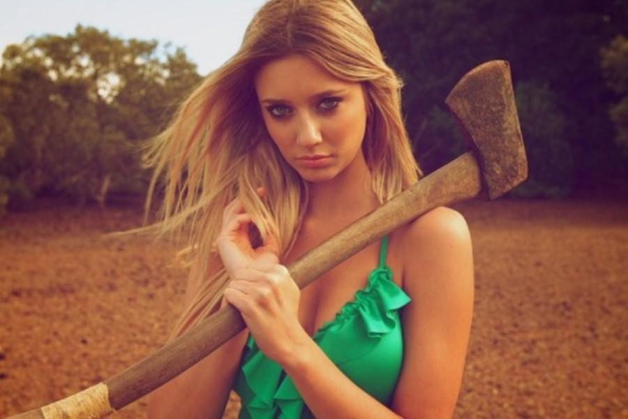 Секс с блондинкой девочкой видео