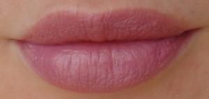 губы с помадой