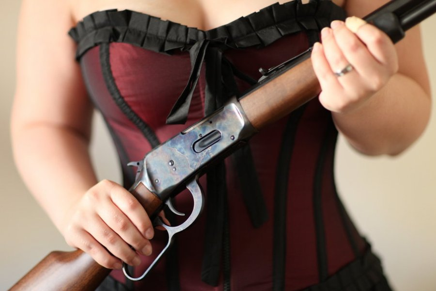 123259__rifle-girl-gun_p