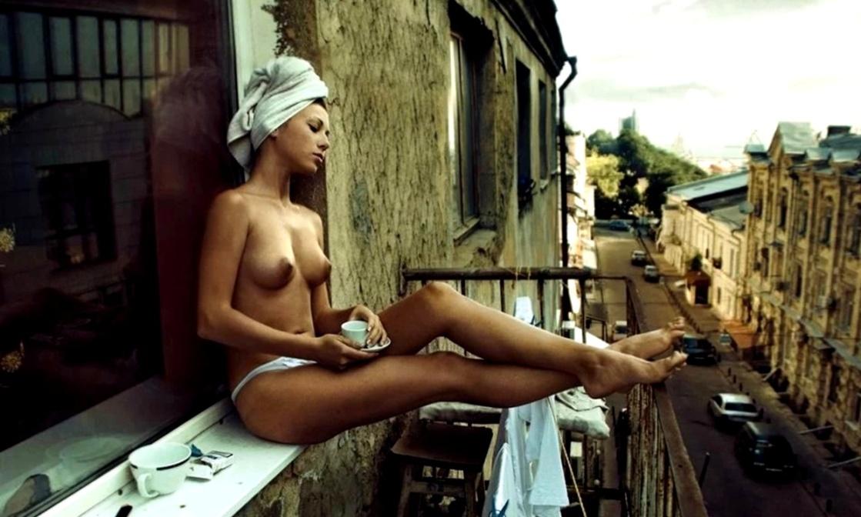 голая девушка юмор фото
