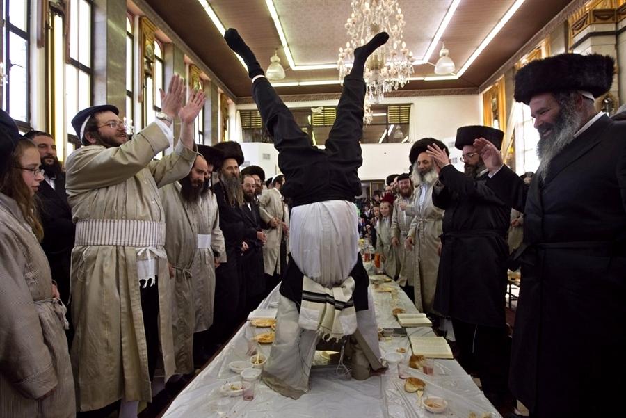 ВАЙСМАН, ТАННЕНБАУМ, РОЗЕНБЛЮМ. Откуда у евреев смешные немецкие фамилии