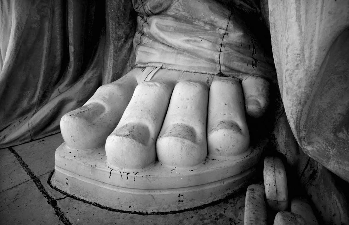 Фото пальцев ног мужчины 23 фотография