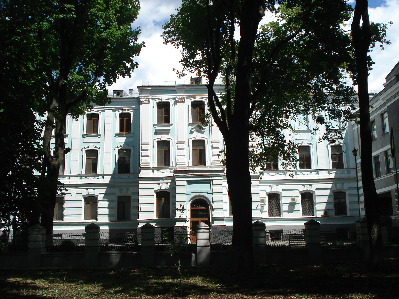 грушевского7(1).JPG