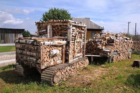 трактор-дрова