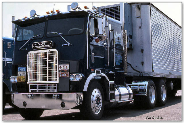 freightliner-fla-9664t-09