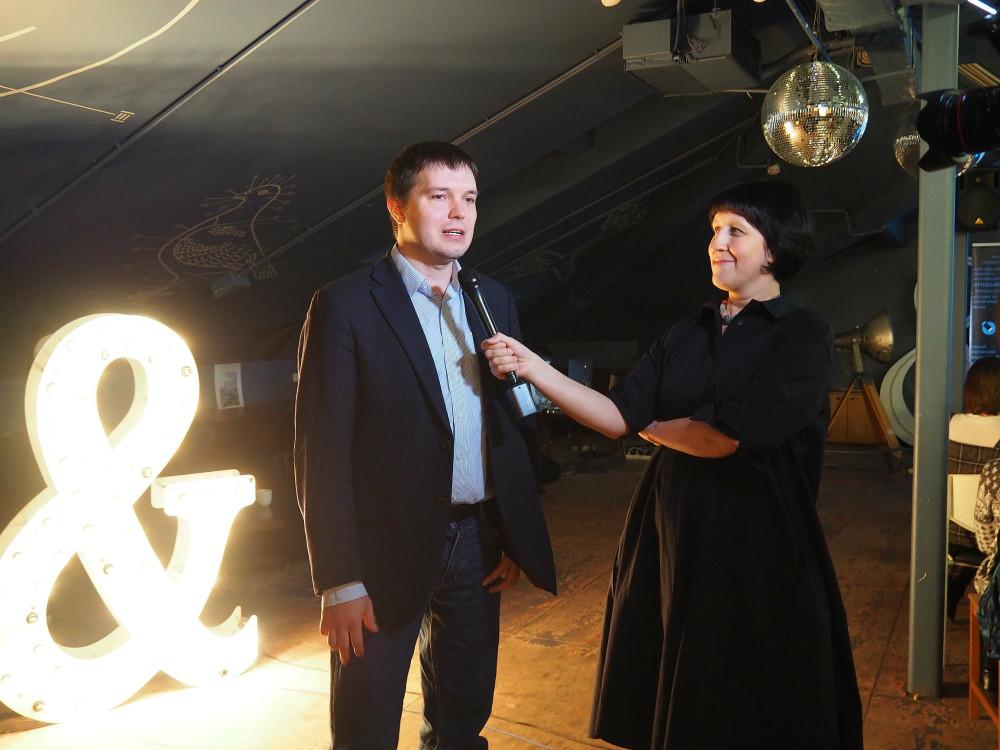 Семен Васильев  liberoid, директор департамента интернет-маркетинга и Наташа Арефьева руководитель Живого Журнала.
