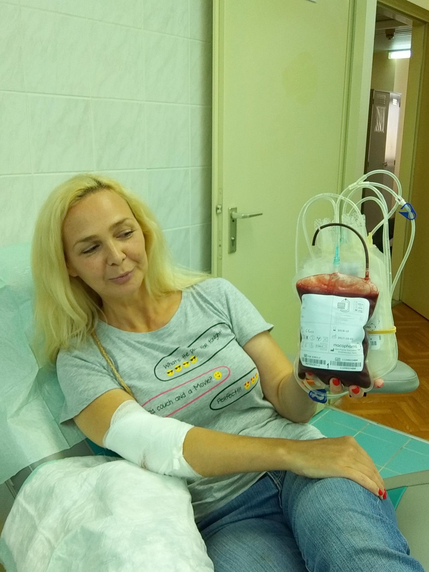 Этот пакет крови спасёт кому-то жизнь
