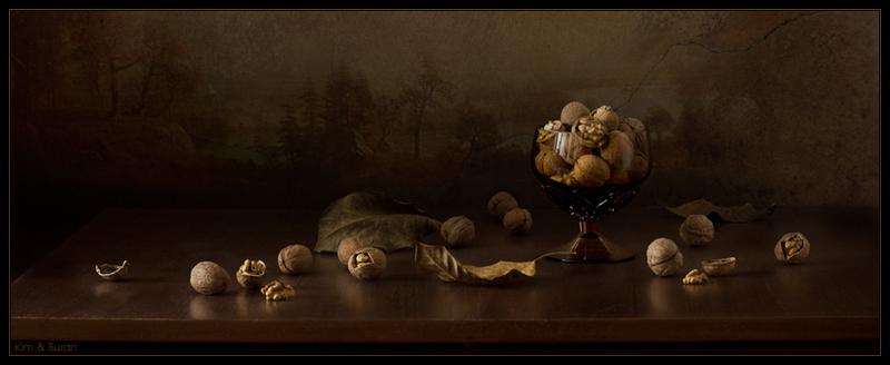 Натюрморт с орехами
