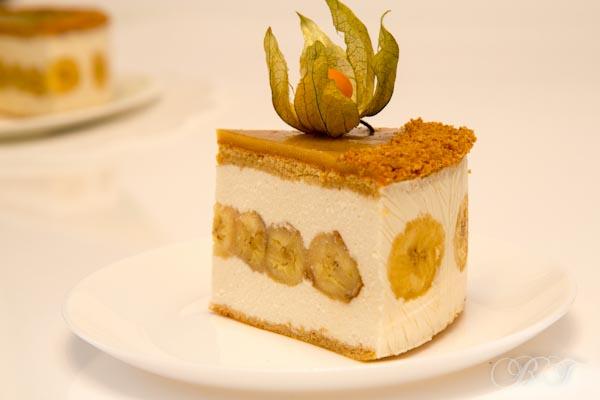 Торт с карамелизированными бананами