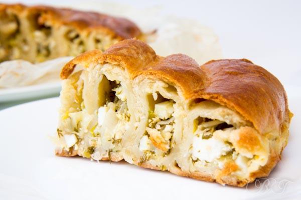 Пирог Баница с луком-пореем (по-болгарски)