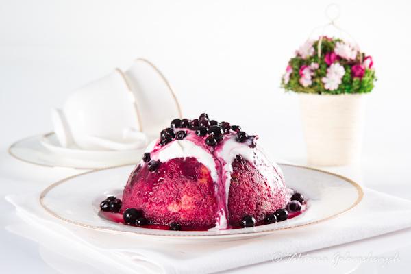 Английский ягодный пудинг